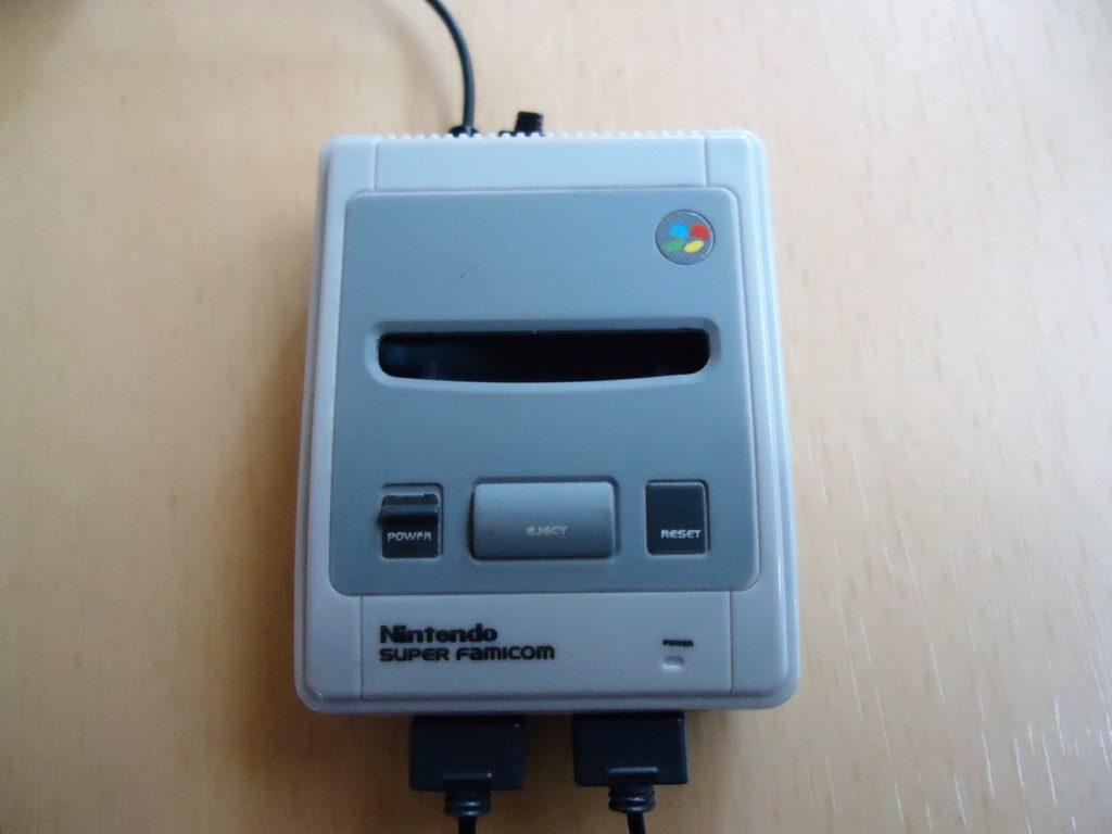 Nintendo HISTORY COLLECTION スーパーファミコン編「スーパーファミコン&スーパーゲームボーイ2」 (9)