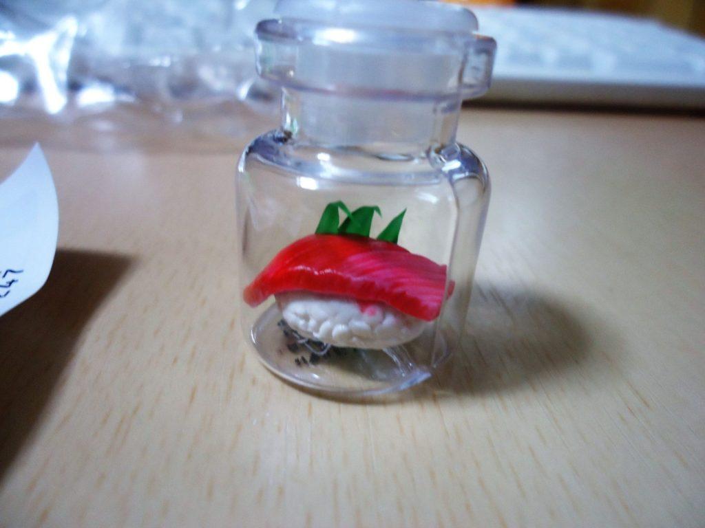 超精密樹脂粘土 in ミニチュアボトル